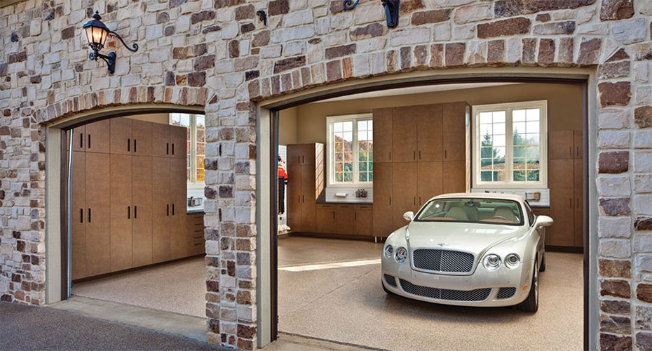 The garage builders cost for construction of a new garage for Cost to build new garage